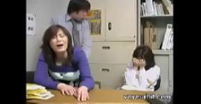 แม่และลูกสาวของญี่ปุ่น